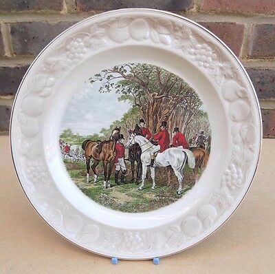 ROYAL WORCESTER Palissy The Famous Herring Hunting Scenes Plate - The Meet