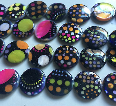 Multi Coloured Double Sided Printed Flat Round Shaped Shell Beads. Size 20mm. 2
