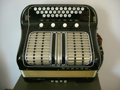 Hohner Ouveture button accordion accordian key C/F - with case