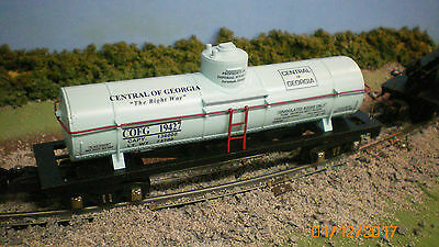 "Custom S gauge ""Imperial Sugar Co. Savannah Ga."" tank car by Ficus Products tm"