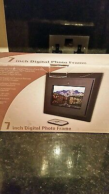 Digital  Photo  Frame  7 Inch  With  Remote