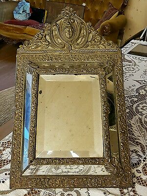 Very nice old mirror.