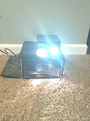 Bell & Howell Cube Slide Projector w/ Remote - Used - Tested