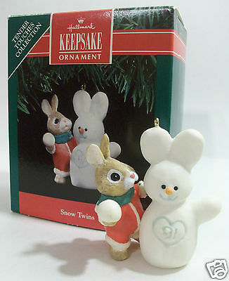 Hallmark Ornament 1991 Snow Twins -Tender Touches Collection  #QX4979 NEW