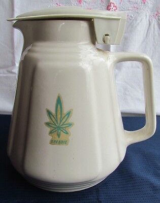 Vintage Collectable Speedie ceramic jug white with element - no cord