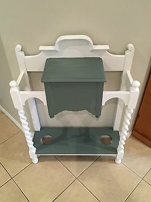 Hall Table With Umbrella Stand