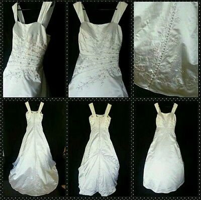 Donna Bella White Wedding Gown size 12