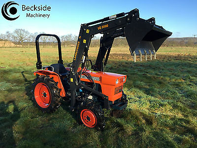 Kubota L1500DT Large Compact Tractor 4WD  LAND LUGGER Front Loader Low Hours