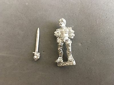 Games Workshop Warhammer Citizen of the Empire Dualist