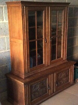 solid oak antique bookcase/ display cupboard