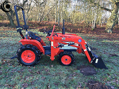 Kubota B1400D Medium Compact Tractor 4WD  with New Front Loader