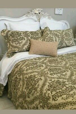 Double Quilt ☆Reduced To Clear☆ French Style  Floral  Bedspread  100% Cotton