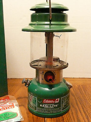 Vintage COLEMAN LANTERN Model 321 B and Carrying Case, Tested Works VG condition
