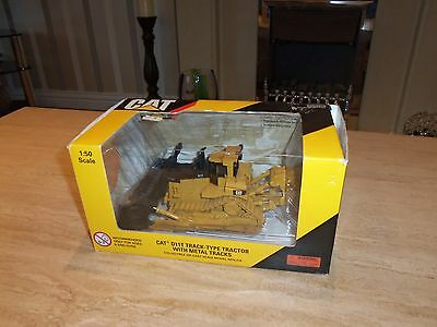 NorScot 1:50 Scale Caterpillar CAT D11T Track Type Tractor  with Metal Tracks