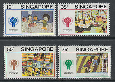XG-M862 SINGAPORE IND - Intl. Year Of The Child, 1979 Paintings 4 Values MNH Set