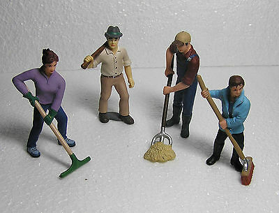4 X Schleich Figures G Scale Retired  Farm  Model Scale People