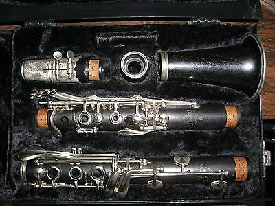 Normandy 8 Clarinet in excellent playing condition