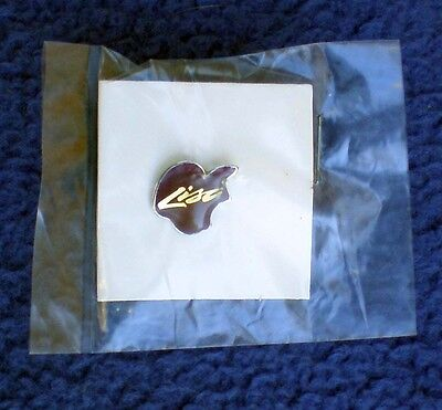 Apple computer vintage Lisa Lapel pin excellent condition in original package