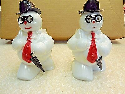 (2) Rosbro White Plastic Snowman Glasses & Umbrella Christmas Candy Containers