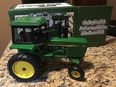John Deer 4450 15th anniversary edition tractor
