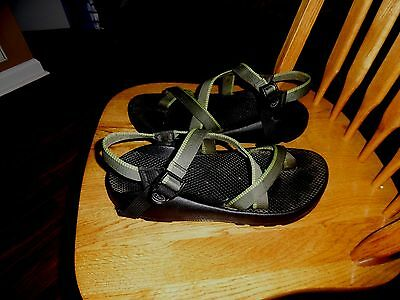 Mens Chaco Hiking Sport Sandals Vibram Sole Gray Size 11