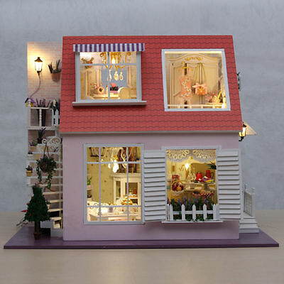Lovely Wooden Miniature Doll House Kits Princess Mini House Kids Girls Toys GIFT