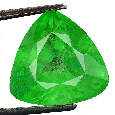 10.30ct Lab-created COLUMBIAN EMERALD CHATHUM TRILLION INDUCED INCLUSION 13MM