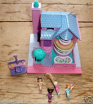 Vintage 1993 Polly Pocket Playset - Light up Bay Window House with Dolls