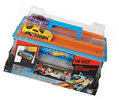 Hot Wheels CFC81 Race Case Track Set, Kids Toy