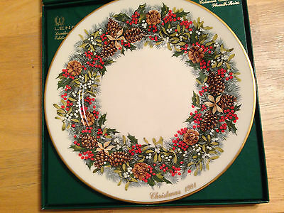 LENOX USA Colonial Christmas Wreath Plate 1981 Virginia FIRST in SERIES with BOX