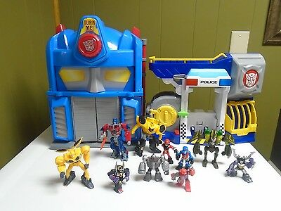 Playskool TRANSFORMERS Rescue Bots FIRE STATION & POLICE STATION Playset Figures