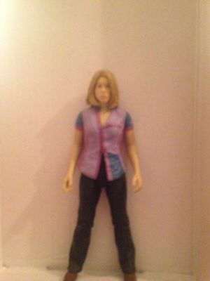 Billie Piper Dr Who Figure