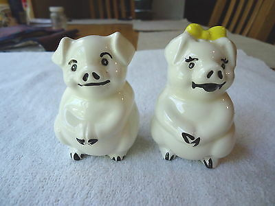 """Vintage Set Of Pigs Salt And Pepper Shaker Set """" AWESOME COLLECTABLE SET """""""