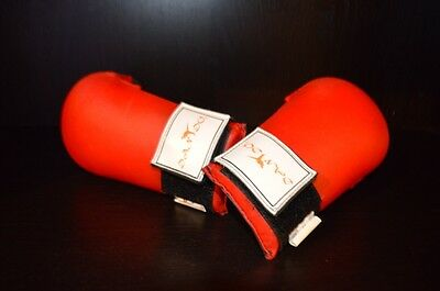 Karate Sparring Gloves Youth Size Medium