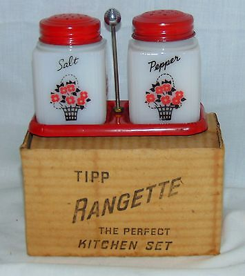 "Tipp FLOWER BASKET 3 1/4"" SALT & PEPPER SHAKERS* in RACK* RED LIDS* ORIGINAL BOX"