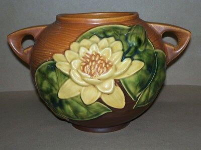 Authentic 1943 Roseville Pottery White Water Lily Bowl Vase 2 Handles 437-6   NR