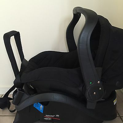 Britax Infant Carrier Capsule BLACK : Ex display By STEELCRAFT
