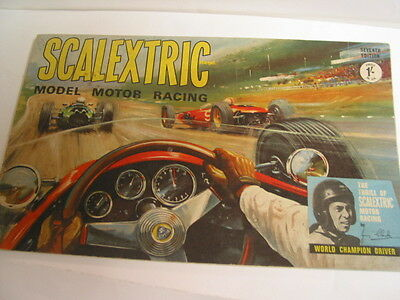 SCALEXTRIC  CATALOGUE 7TH EDITON 1966  very good condition