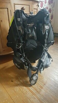 Aqualung Dimension i3 BCD - Tank and regs NOT included. BCD only.