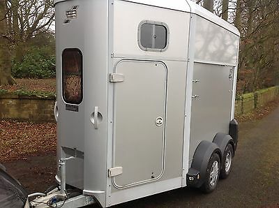 2011 Ifor Williams Hb506 Twin Horse Trailer In Silver