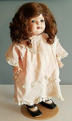 Vintage 1920s Madame Hendren Doll #218 Composition and Cloth Body with Crier