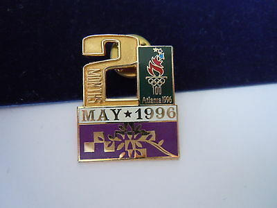 Pins Olympia