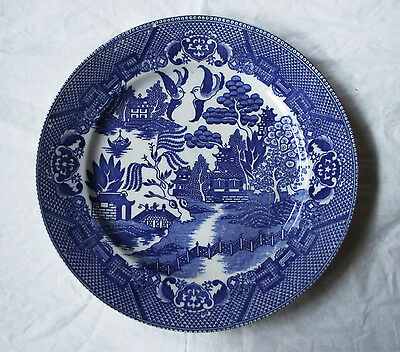 """Vintage 1950s BLUE WILLOW 9.25"""" Dinner / Luncheon Plate, Marked """"Made in Japan"""""""