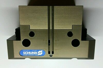 Schunk, Pneumatic Robotic Parallel Gripper, PGN+125/1   MPN: 371403