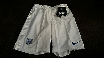 New Nike Shorts Size medium ENGLAND STADIUM MEN'S FOOTBALL White not shirt BNWT