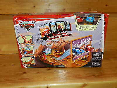 Disney Pixar Cars Mini Adventures Drive In Dragstrip Playset New In Box Mcqueen
