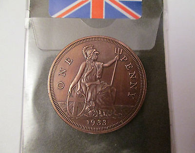 George V  Coin   Dated 1933  * Beautiful  Patina *