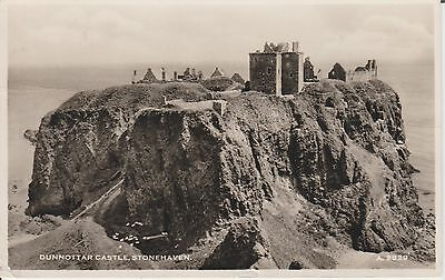 Early Postcard - Stonehaven - Dunnottar Castle - Aberdeenshire  -Real Photo