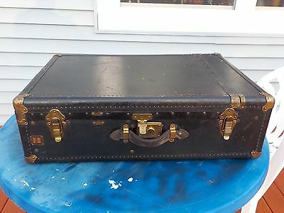 VINTAGE Wheary STEAMER TRUNK WARDROBE COFFEE TABLE Aviation HISTORY Wardrolette