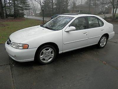 2001 Nissan Altima GLE 2001 Nissan Altima, Good Condition,